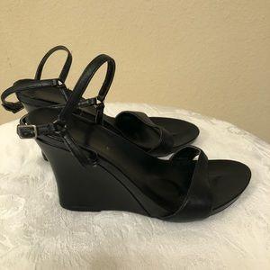 Kenneth Cole Black Wedge Heels!